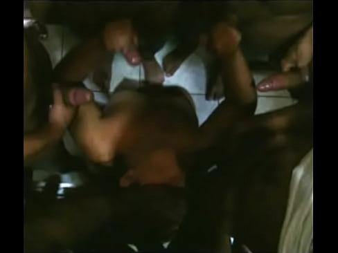 karen (esposinhabh) no gangbang com 12 amigos CuritibaXXX Sex Videos 3gp