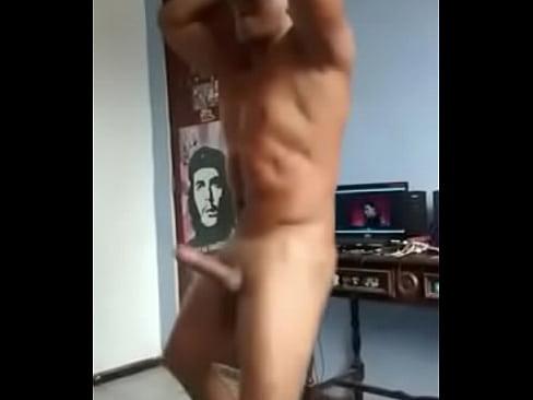 Latinos gay vergones