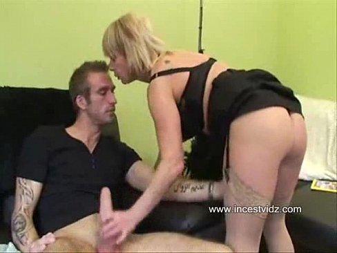 Русское порно выебал тетку