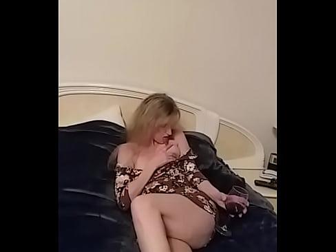 Sexy milf tits1