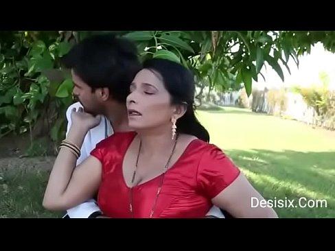 hot Desi couple sex in park