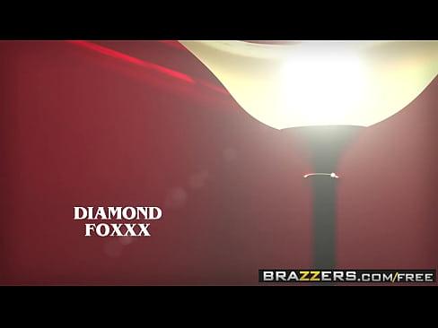 Brazzers – Milfs Like it Big – (Diamond Foxxx, Xander Corvus) – My Dates Mom – Trailer preview