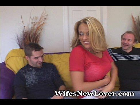 Как порно смотрят как жену ебут жопы фото эротика