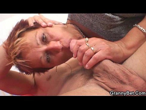 Hot looking guy fucks neighbour grannyXXX Sex Videos 3gp