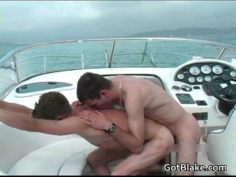 Jizzcovered stud gets cocksucked by eurobabe