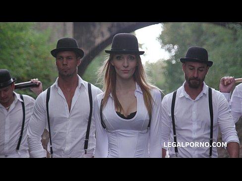 A Clockwork Gang Pilot – Part 1/3 : The Extreme Kira Thorn Gangbang