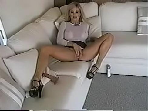 Порно ролики девственица