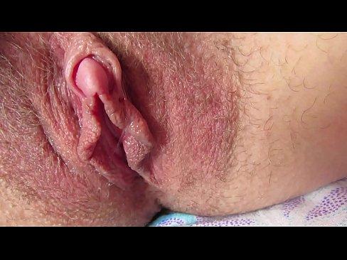 Clit Rubbing Orgasm Solo