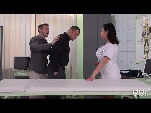 Porno Cu Mamici Xxx Asistente Tatoase Sunt Futute In Spital
