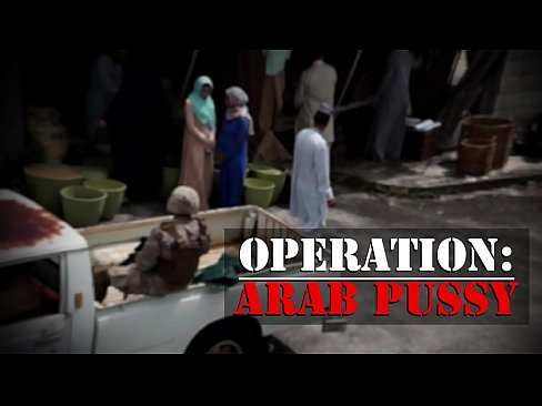 TOUR OF BOOTY – Rag Tag Crew Of American Troopers Choose Up Some Arab bitch Tight pussy