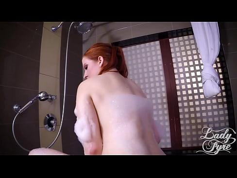 Секс видео сынтрхнул маму в ванне