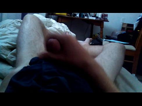 Gay pleasing himself till cumshot