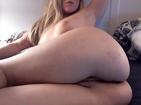 Slut Mariajosegoez Squirting On Live Webcam  - Find6