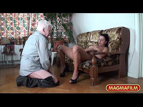 Секс молодой девушки со стариками онлайн, секс вк частное