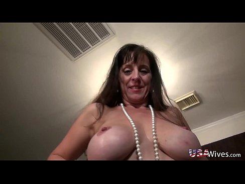 Big boob golden shower