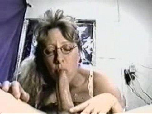 Debs deepthroat housewife