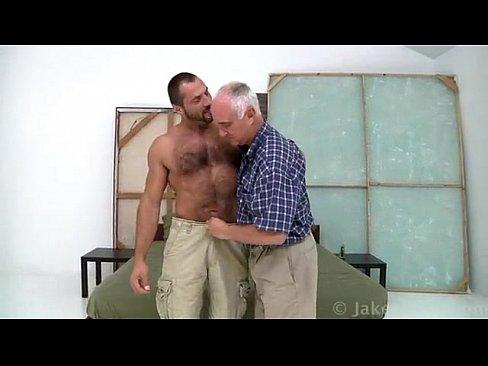 Bear cruise gay online