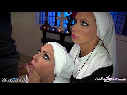 Filme Porno Cu Maicute Pacatoase Ce Se Fut Cu Preotul