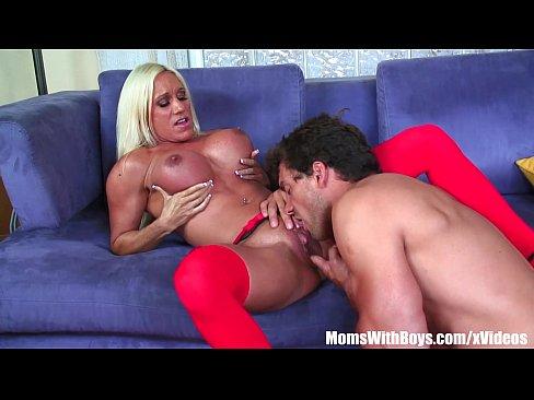 Ashlee Chambers Porn China - Blonde Mom Ashlee Chambers Receives A Facial Shower 12 min HD. Vikings Of  Porn 64k ...