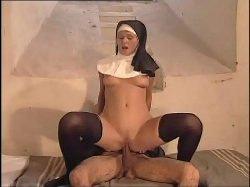 Film Porno Cu O Calugarita Care Suge Pula