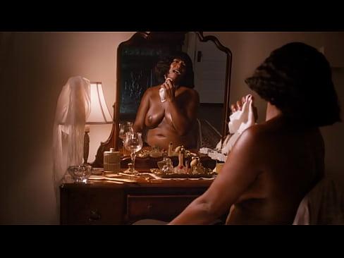 queen latifah nude