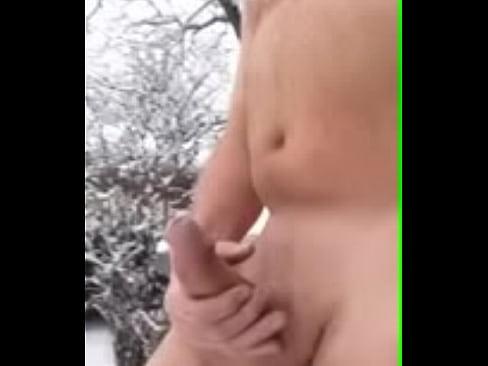 Maduro dotado batendo uma na neve (pau gostoso)
