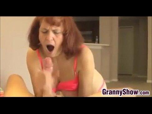 Granny give handjob