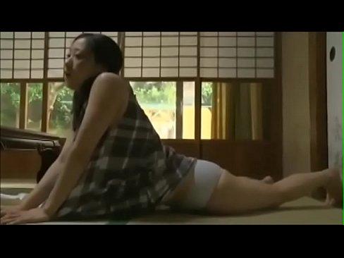 XVIDEO 美少女が自宅で激しいオナニー