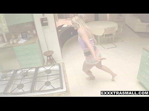 ExxxtraSmall – Amazingly Petite Babe Gets Banged Hard