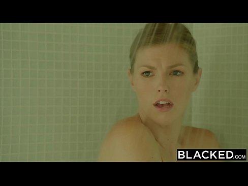 Femei Ce Urla De Placere In Pula Fututa De Un Negru Dotat Sex Panarame