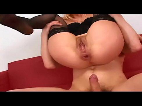 Milf who love anal