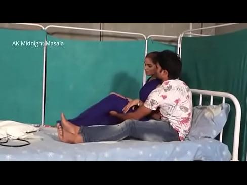 Hindi Lady doctor Shruti bhabhi romance with patient boy in