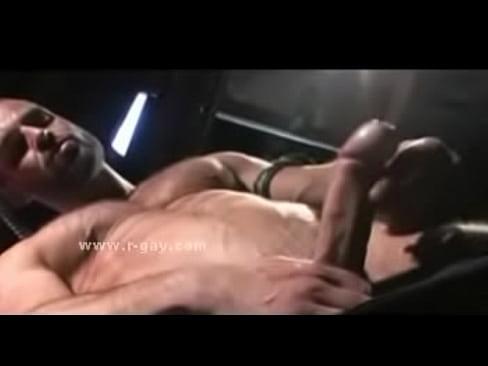 masturbation-fuehrt-zu-schwulem-sex-nangi-pic-sex