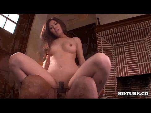 巨乳美人お姉さんが全裸でアナル丸見えの美尻を振りまくりセックス