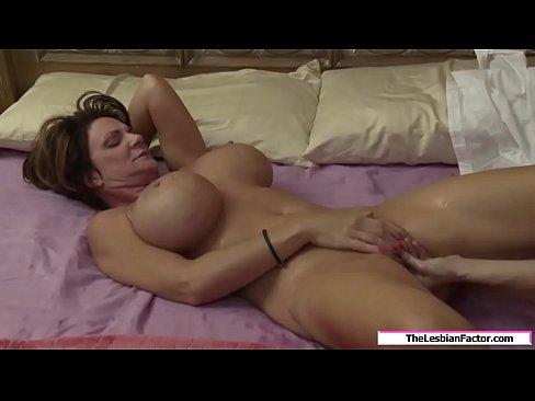 Pillua nuolee orgasmin porno