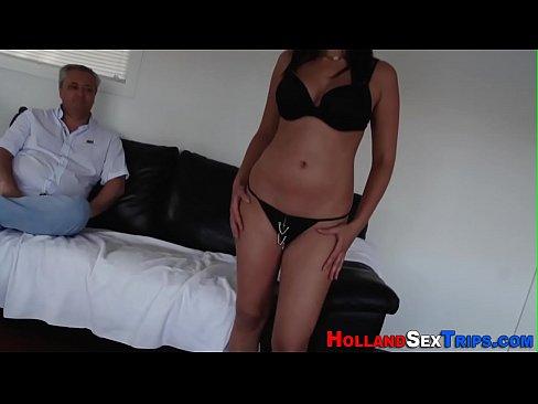 Filme Porno In Jungla Cu Un Gras Ce Isi Fute Amanta
