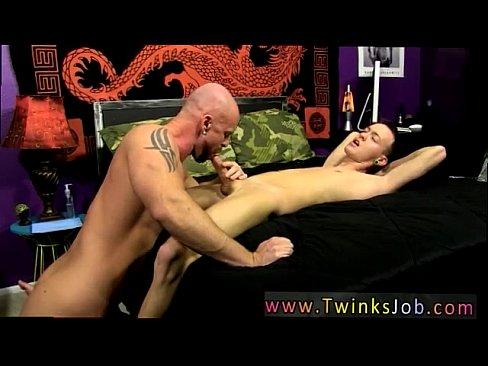 Women nude poses