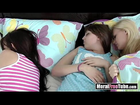 cover video sleeping teens  sex