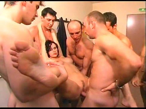 Betty Bell Porn Gangbang - Betty Bell - Milf Gangabanged In Locker by JOGETZ