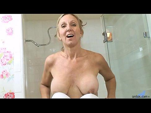 Xxx Big round ass nude
