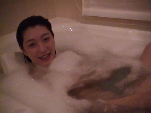 XVIDEO 素人カップルがホテルで自画撮りセックス