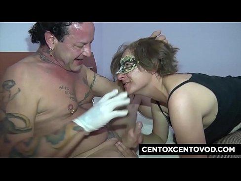 Le mani dentro Spoleto CentoXCento BDSM a Spoleto 16 min HD