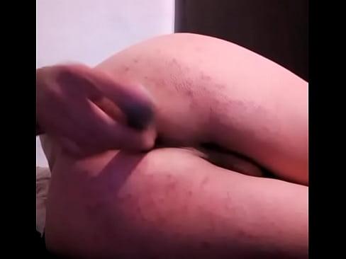 ma fut in cur singur cu vibratorul anal