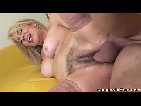 Hot Mom Erica Lauren Fucked In Her Hairy Pussy