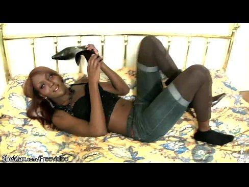 Ebony shemale blowjob