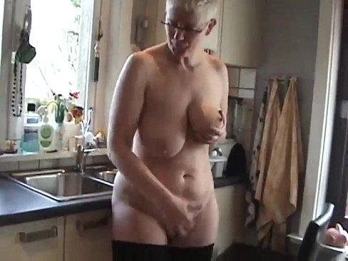 Carmella bing squirts
