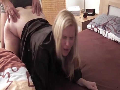 she like sucking dick