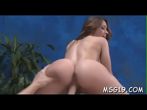 Large penis lances wet shaved pussy