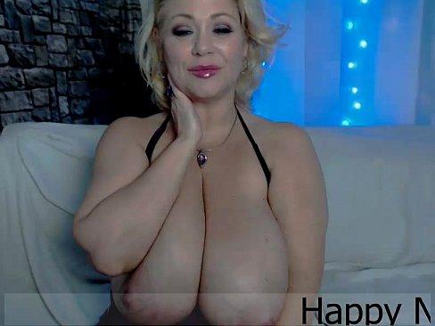 Hot samantha38g playing on live webcam