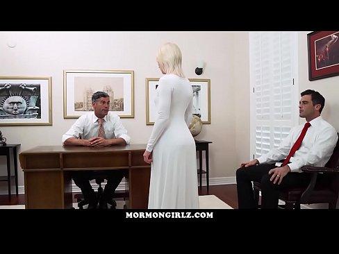 la noche de su boda se la folla otro delante de su esposo | ipornox